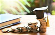 Μέσα στην εβδομάδα η απόφαση για τα voucher 200 ευρώ στους φοιτητές για αγορά λαπτοπ & τάμπλετ
